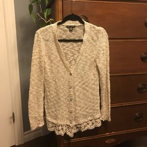 🌻Knitted/lace cardigan